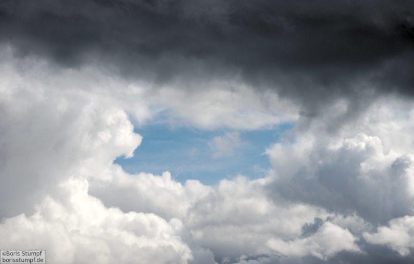 Wolken mit Blau